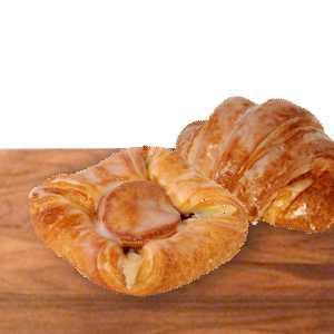 Himbeer-Puddingtasche und Nusshörnchen